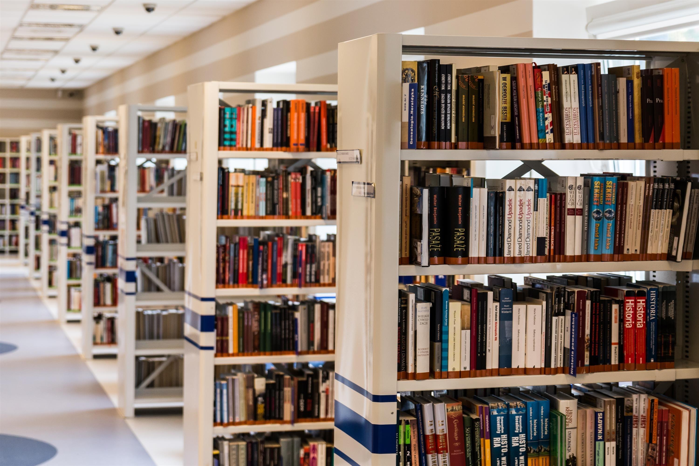 Świętujemy! Dzień Bibliotekarza i Bibliotek